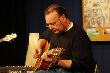 Peter Martinez